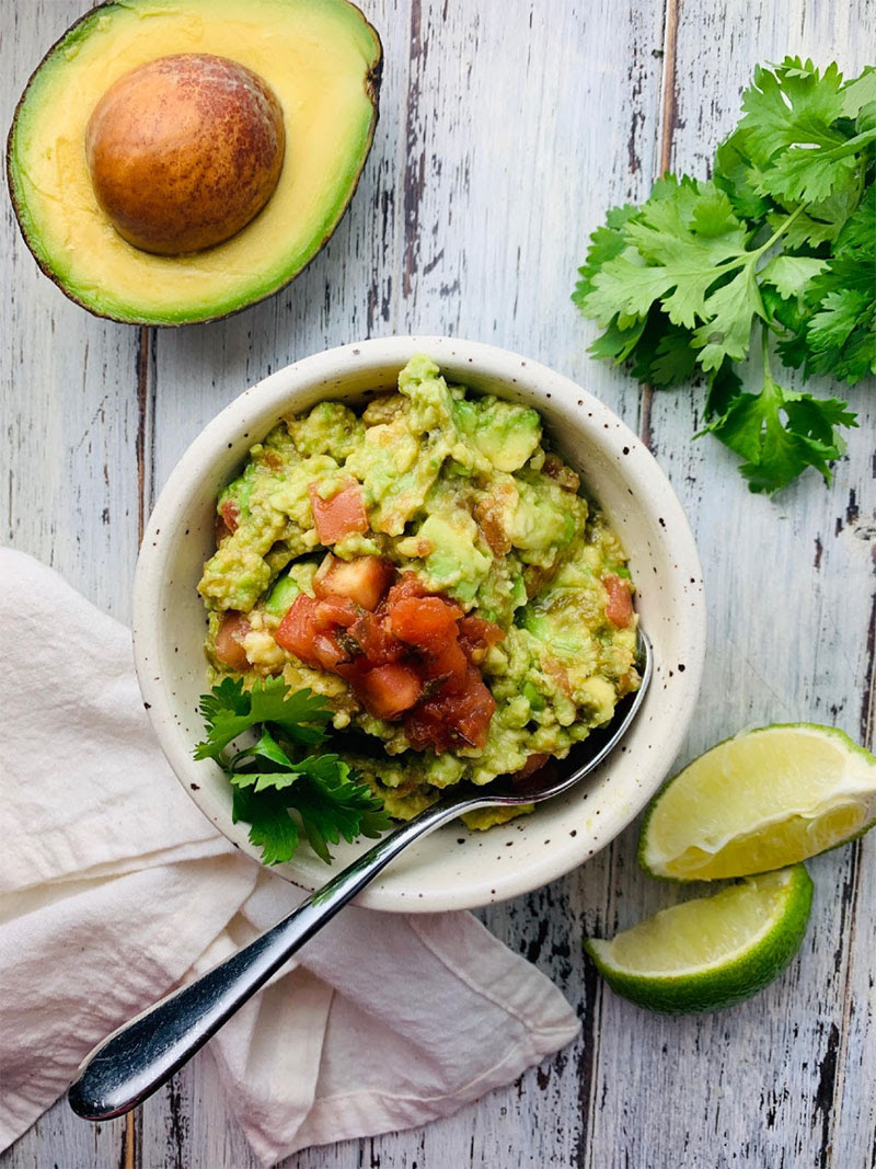 Simple & Healthy Guacamole
