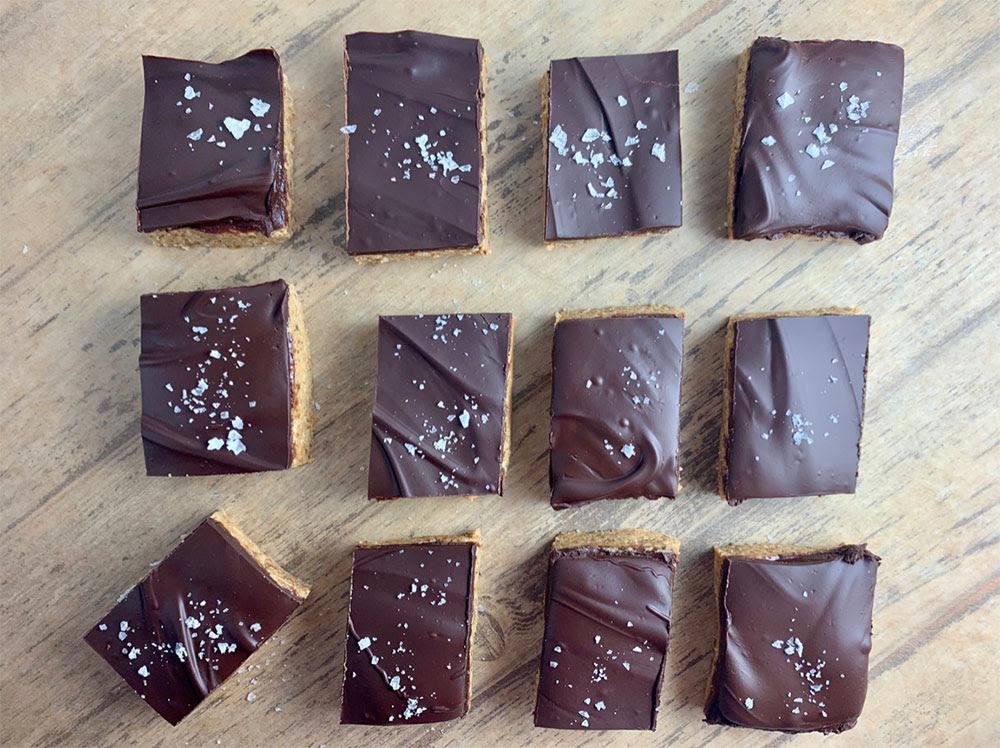 Peanut Butter & Chocolate Protein Dessert Bars